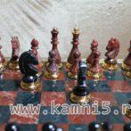 Шахматы из яшмы