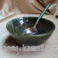 Малая чаша из нефрита