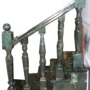 Лестница из нефрита
